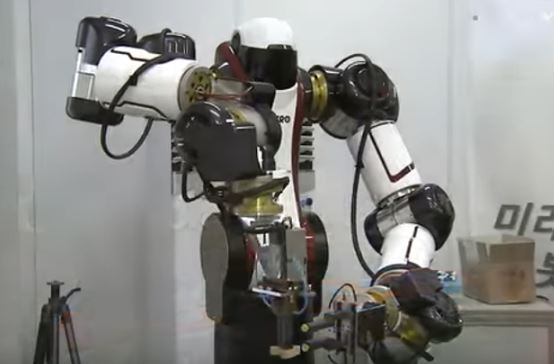 collaborative-industrial-robots.