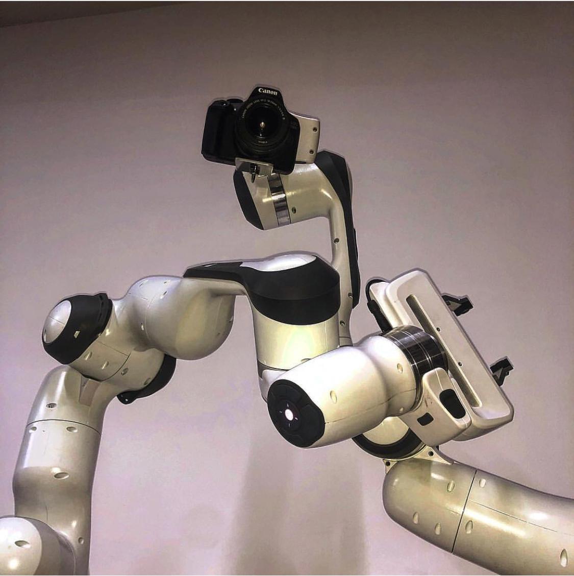 Robot Film hire
